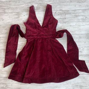 Lauren James Burgundy Dress Size Small